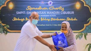 Read more about the article IMC SELENGGARAKAN RAMADHAN CHARITY